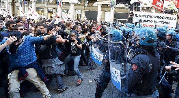 I 7 casi italiani di abuso di potere delle forze dell'ordine più influenti di sempre