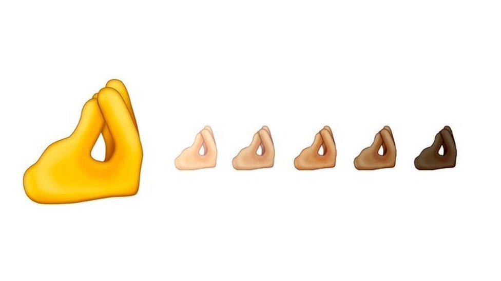 """IOS14.2 approda sugli schermi con l' """"emoji degli italiani"""" rendendo veritiera la teoria dei meme"""
