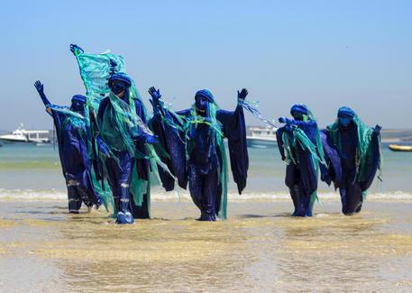 Ocean Rebellion veste la causa ambientalista per la salvaguardia dei mari dall'inquinamento