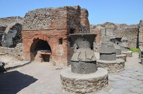 Il forno degli antichi Romani - IL TERMOPOLIO