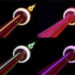 La Torre CN de Toronto iluminada con LEDS