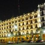 La luz reviste al Centro Histórico del Distrito Federal