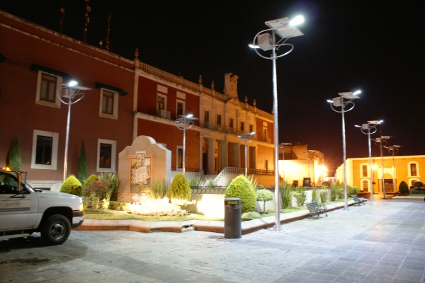 Luminarios ECOS en el Zócalo de Aguascalientes