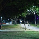 La iluminación permite a la población recuperar el Parque las Riberas