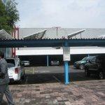 Schneider Electric propone estacionamientos fotovoltaicos