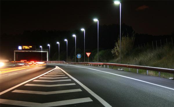 iluminación carreteras