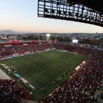 Philips Ilumina el estadio de los Xoloitzcuintles de Tijuana