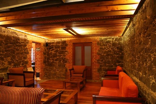 Iluminaci n de la nueva sede del restaurante el cardenal for El salas restaurante