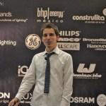 Un joven lighting designer que busca el significado de su luz