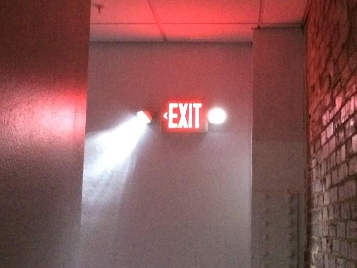 Luminarios de emergencia,señalizacion o combinacion de emergencia y señalizacion