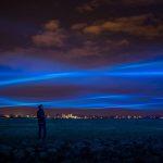Inundación de luz en cielo holandés