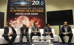 """""""Del Tsunami del LED al Internet de las Cosas"""""""
