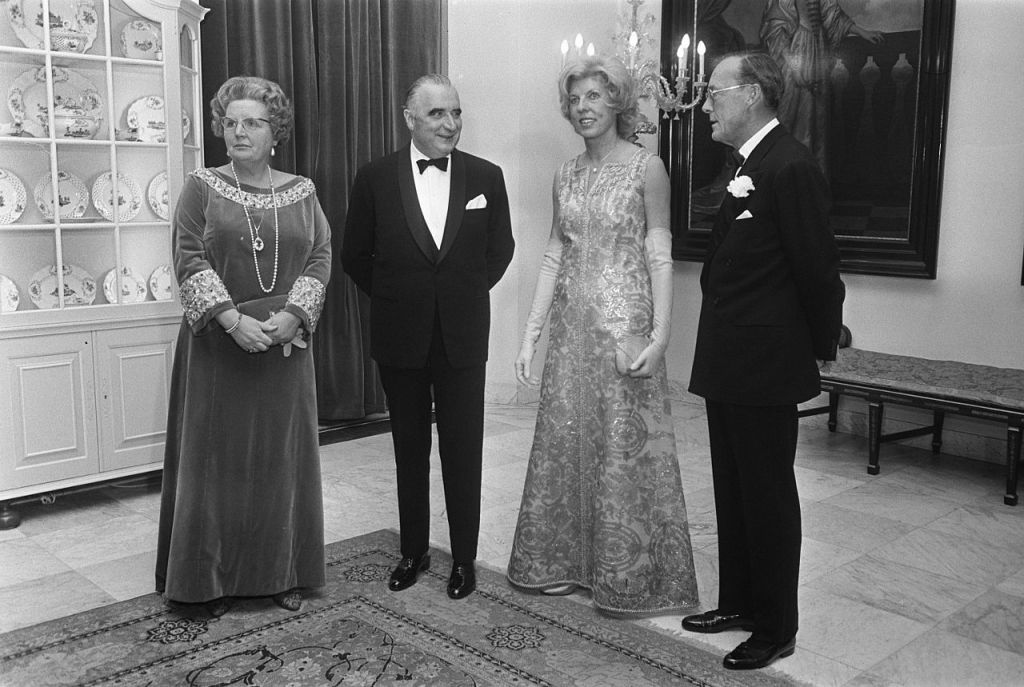 La regina Juliana, il presidente Pompidou di Francia, la signora Claude Pompidou-Cahour e il principe Bernhard