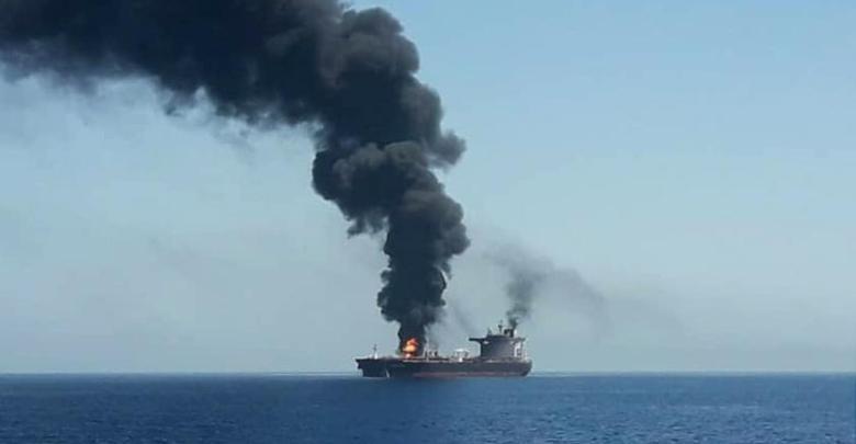 petroliera oman attaccata