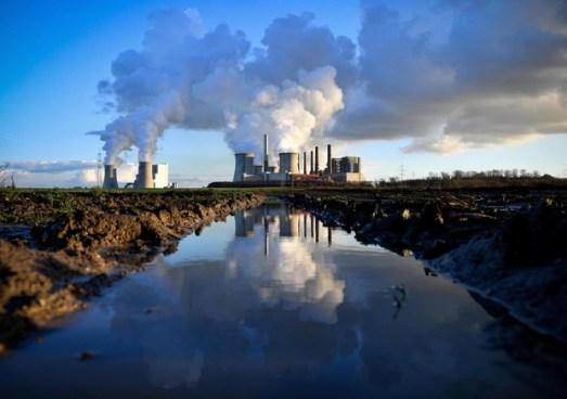 emissioni carbonio, universitari e clima