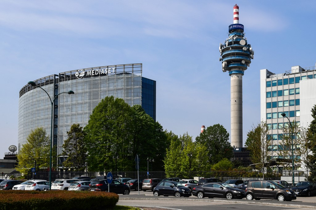 Vivendi: in Tribunale contro Mediaset e no a Mfe
