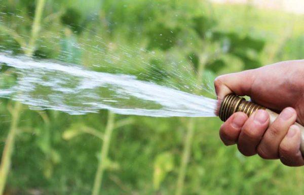 L'acqua potabile non va sprecata. Multe ai trasgressori