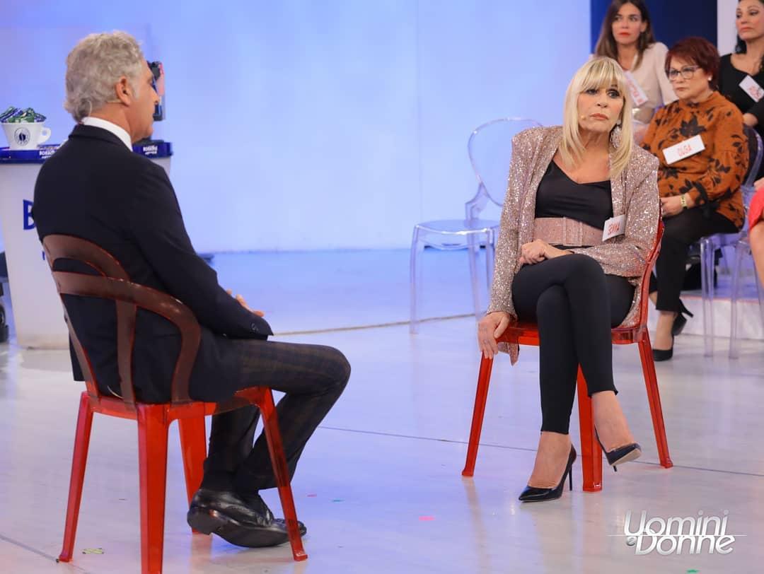 Uomini e donne: Juan Luis starebbe corteggiando Gemma per una scommessa.