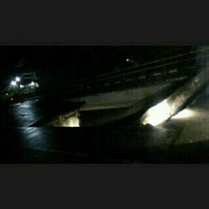 Jembrana- Jembatan Dangin Tukad daya jembrana jebol