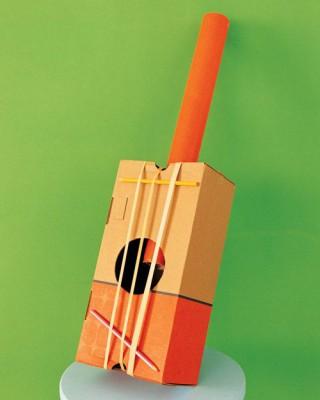 Instrumentos musicales reciclados guitarra 1