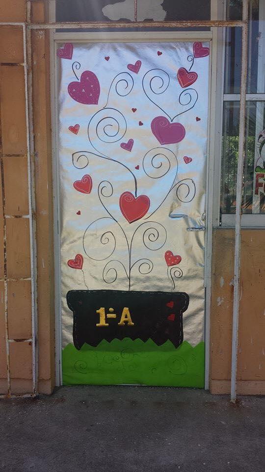 Decoracion dia del amor y dela amistad 23 imagenes for Decoracion de puertas de san valentin
