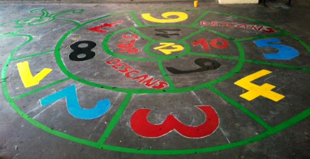 Decoracion patio colegio (6) - Imagenes Educativas