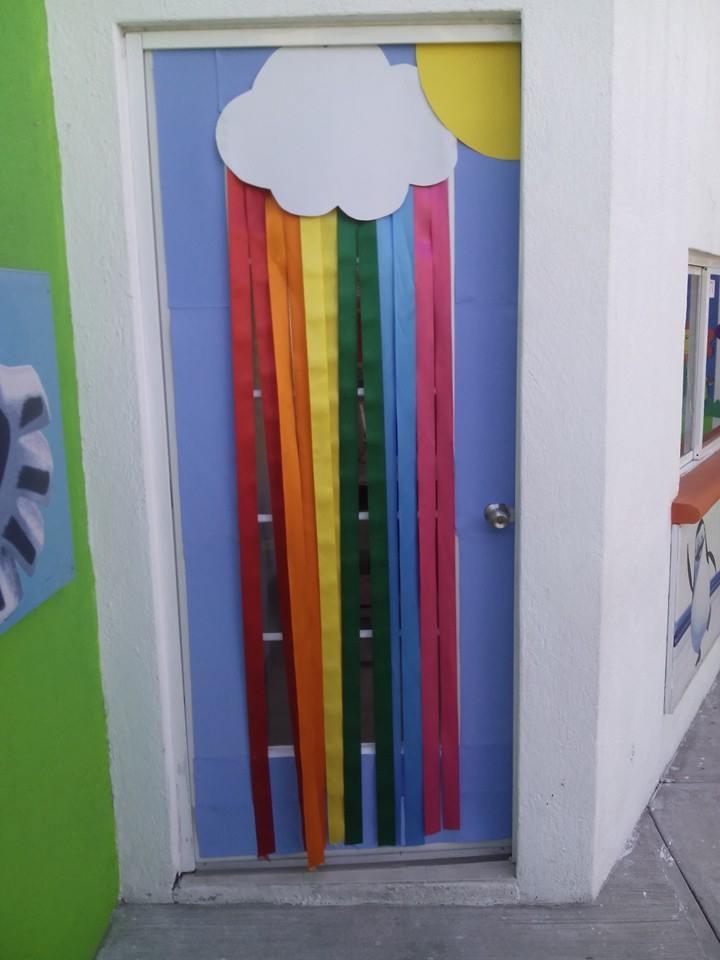 Puertas primavera 6 imagenes educativas for Puertas decoradas para el dia del libro