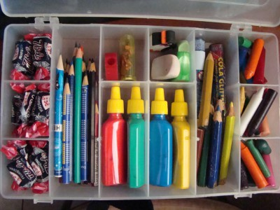 kits de viaje y organizadores de coche DIY Para viajar con niños (12)