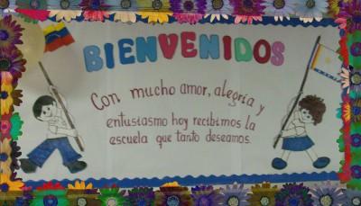 periódico mural del mes de Agosto Mural de Bienvenida (8)