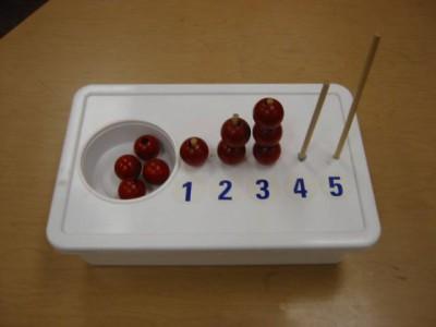 Manipulativos e ideas para niños autistas (2)