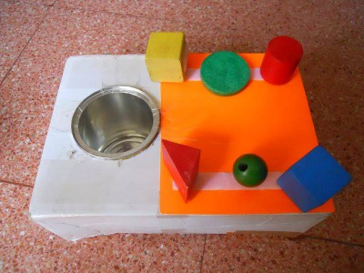 Manipulativos e ideas para niños autistas (31)