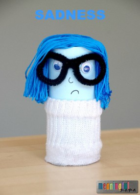 Pixar-Inside-Out-Toilet-Paper-Roll-Craft-Sadness