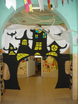 Halloween Aulas pasillos y exteriores (12)