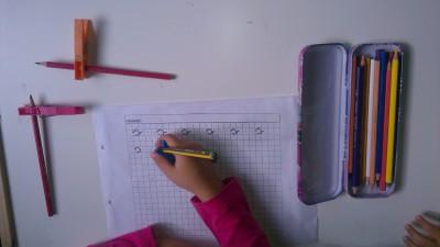 Truco enseñar a coger el lápiz correctamente (15)