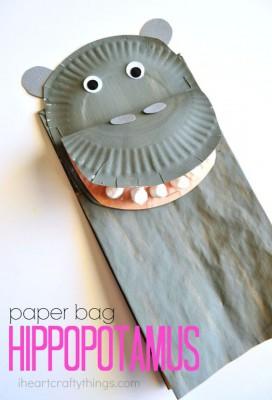Platos de plástico o de papel (41)