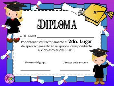 Diplomas de graduación (3)