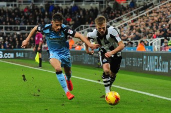 Matt Ritchie of Newcastle United battles with Jerry Yates of Rotherham United during Newcastle United vs Rotherham United, Sky Bet EFL Championship Football at St. James' Park on 21st January 2017