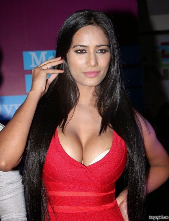 Bollywood Actress Poonam Pandey Latest Hot Imeges Gallery
