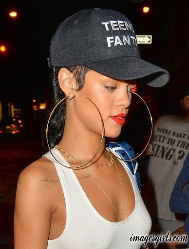 cool and lovely pictures rihanna in orange color lip polish