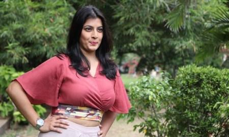 Varalaxmi Sarathkumar Photos At Sathya Movie Success