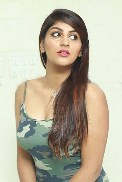 Yashika Anand Latest Very Hot Images