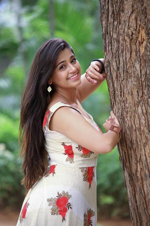 Chandni Bhagwanani Images