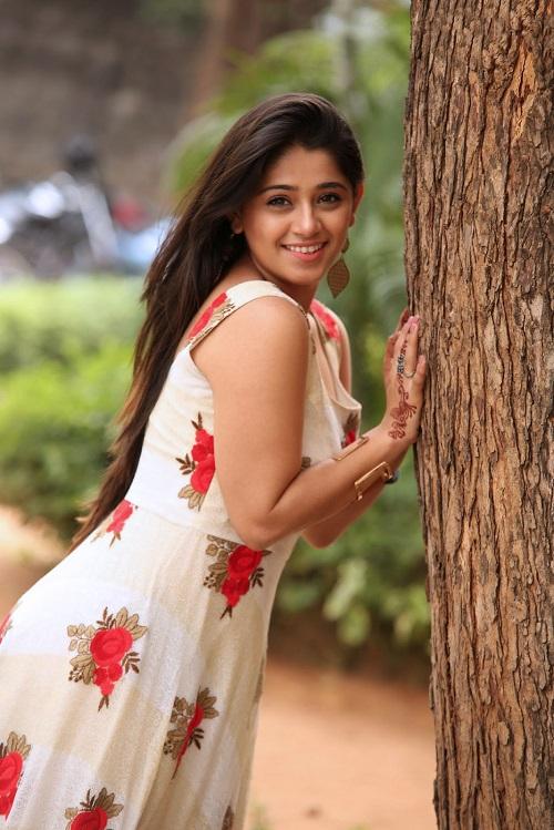 Chandni Bhagwanani Latest Cute Pics