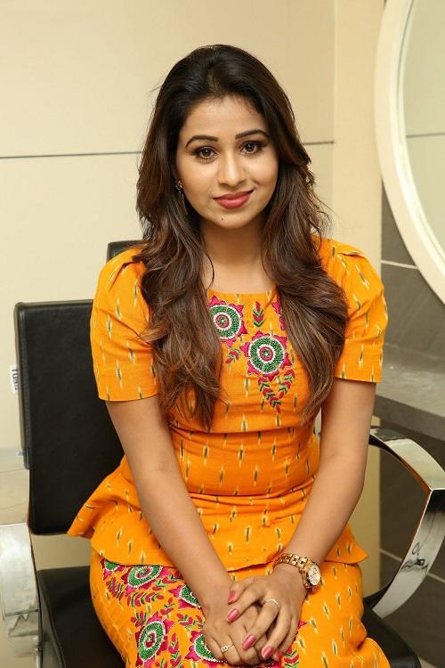 manali-rathod-orange-dress-photos