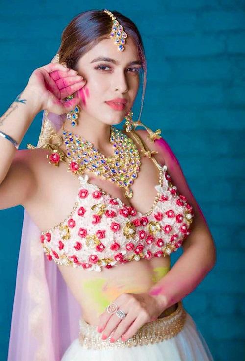 Neha-Malik-Pics-Pictures-Photos