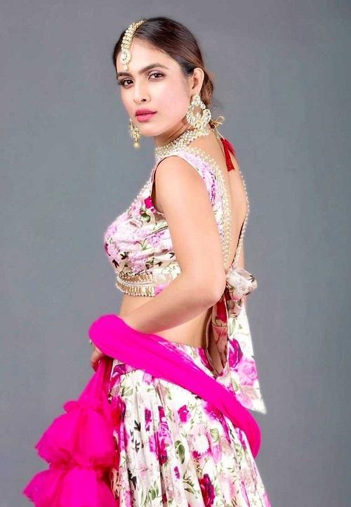Neha Malik hd wallpapers