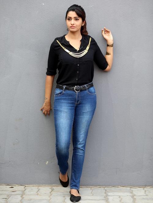 Priya Bhavani Sankar Latest Spicy Pics
