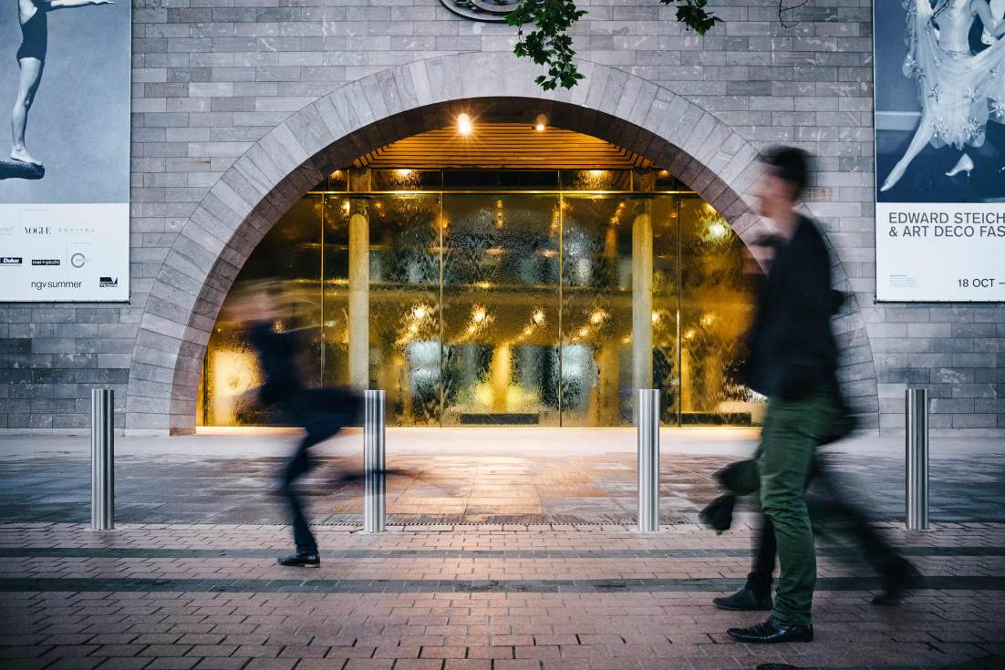 20131025-2098-Image-Workshop-brand-photographer-Melbourne-NGV-exterior-water-wall