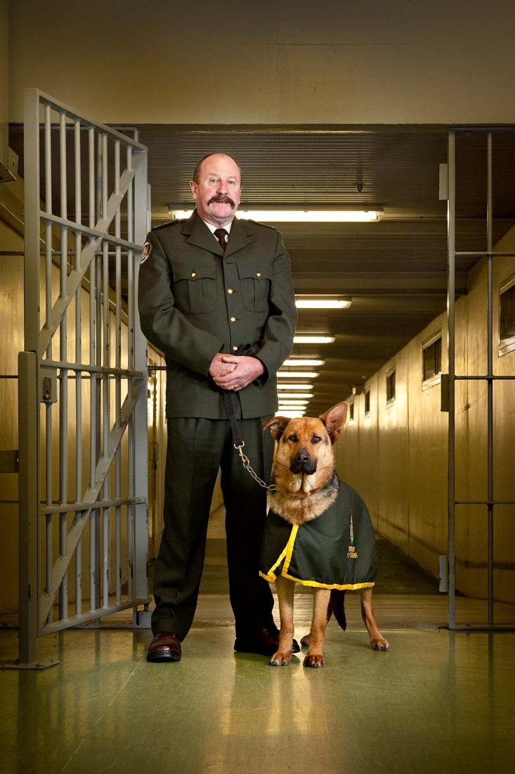 Portrait of Barry & Ollie, the award winning drug detection squad from Christchurch Prison.