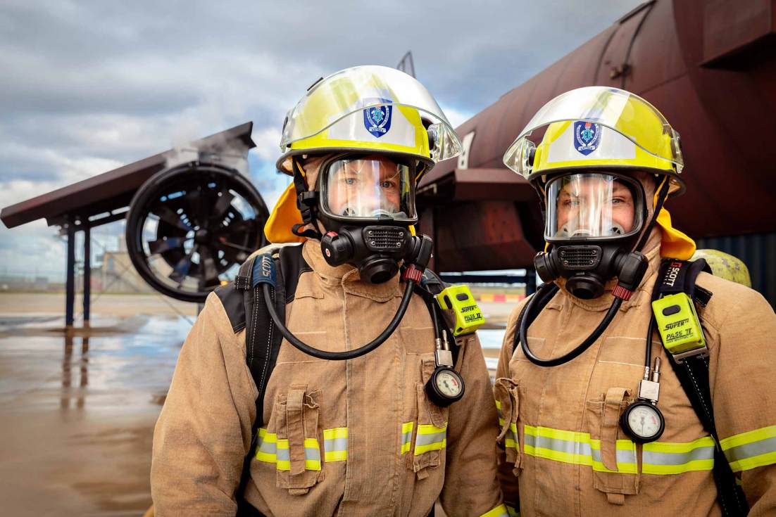 18106-3043-Image-Workshop-Melbourne-firefighter-fire-fighting-photography